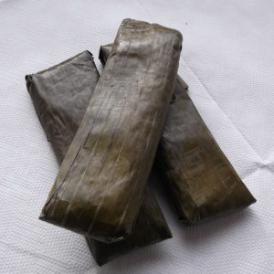 Suman,Steam Sweet Sticky Rice Wrapped with Banana Leaves 6pcs